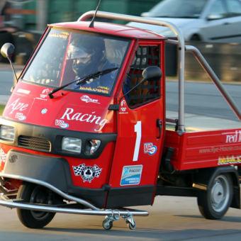 Piaggio Ape Racing
